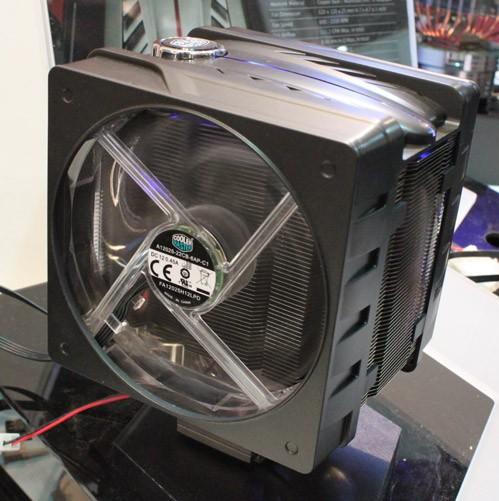 Микропроцессорный вентилятор Cooler Мастер V6 ДжиТи с 2-мя пропеллерами