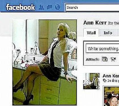Австралийские учительницы разнуздались на Фейсбук