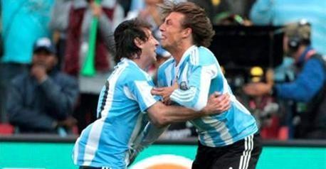 Аргентина едва совладала с Нигерией