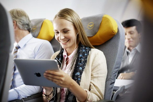 Lufthansa совершенно бесплатно ввела широкополосный Интернет на рейсах