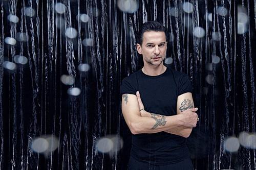 Dave Gahan даст вечер в помощь наркозависимых певцов