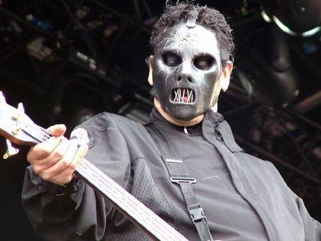 Slipknot обнаружили краткосрочную смену басисту Полу Грэю