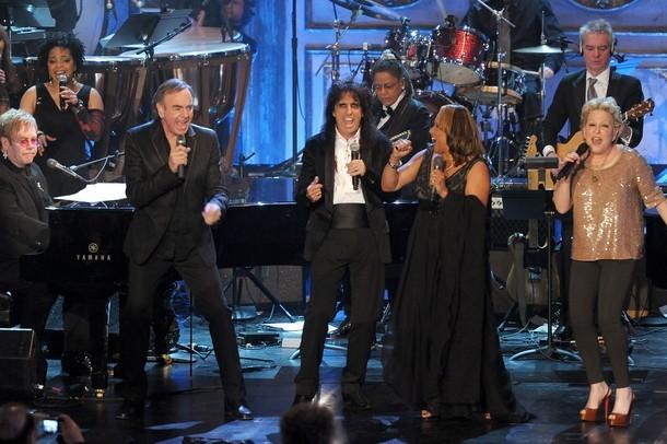 Lisa Купер и Tom Waits интегрированы в Зал популярности рока