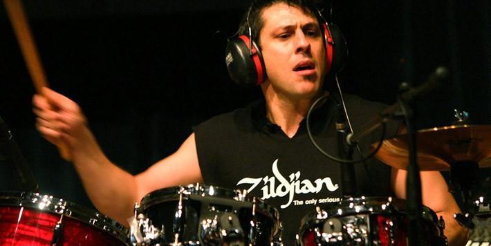 Dream Theater нашли замену Рубашку Портному