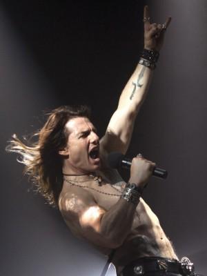 ФОТО: Том Круз в виде рокера для «Rock of Ages»
