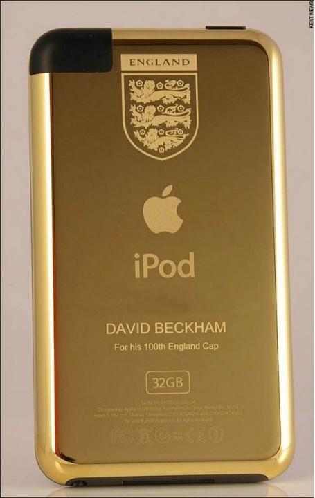Бекхэму презентовали золоченый iPod