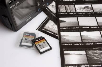 Флеш-карты Attache и карты памяти для летних снимков