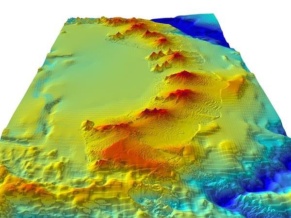 Обнаружена огромная цепь подводных вулканов около Антарктики