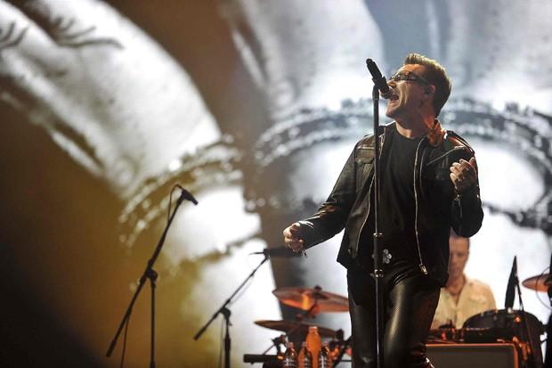 Боно из U2 будет миллионером благодаря Фейсбук