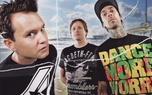 Обнародован треклист альбома Blink-182 «Neighborhoods»