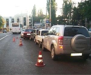 Опьяневший автолюбитель «Лексуса» расколол 5 автомашин