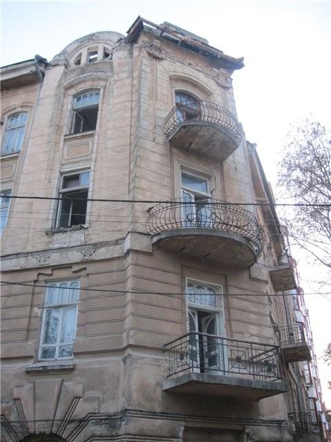 В Одессе завершили ремонт древнего дома