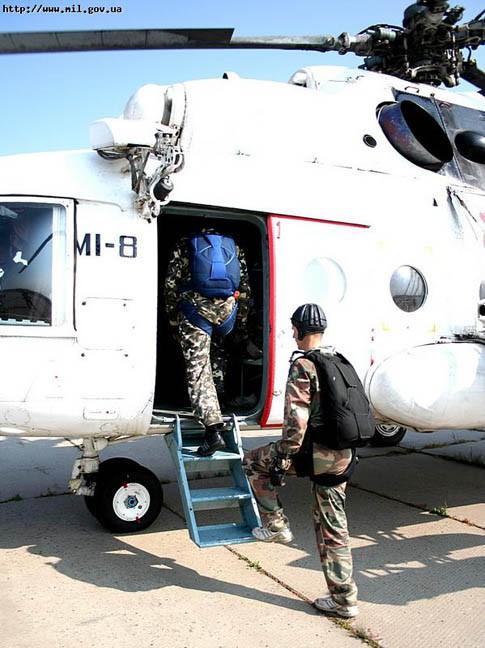 Военные готовятся к миссии в Либерии