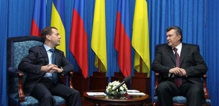 У Януковича и Медведева любовная встреча