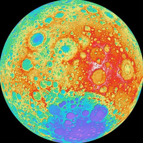 НАСА подготовило самую четкую карту Луны