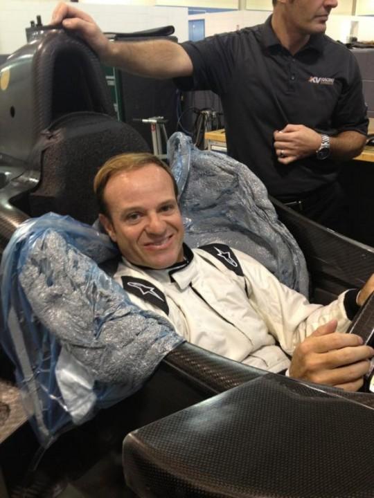 Баррикелло подхлестнул сидения в автомобиле ИНДИКАР