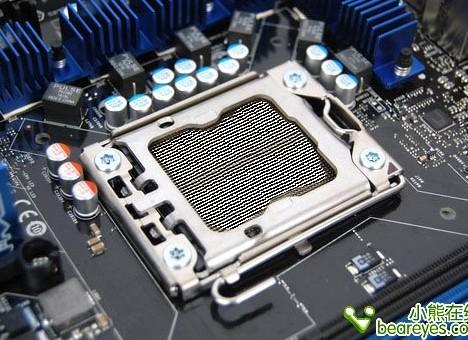 Чипсеты Pentium в выполнении LGA 1356 для общего рынка