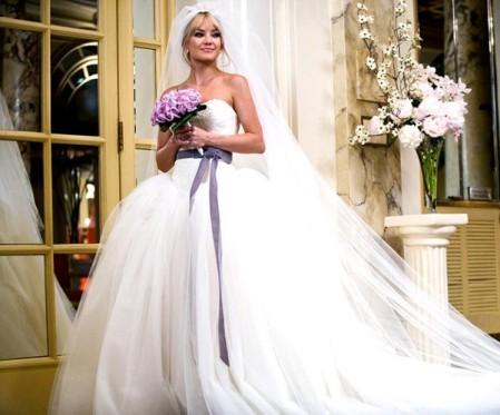 Лучшие свадебные платья знаменитостей (фото). продолжение.